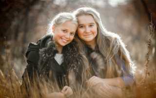 Сонник: к чему снится родная, сводная, чужая старшая или младшая сестра?
