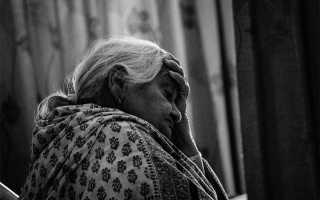 К чему снится умершая бабушка живой?