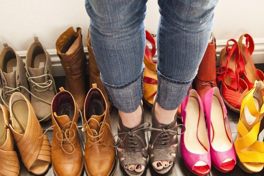 Что значит, когда снится обувь: толкования по сонникам