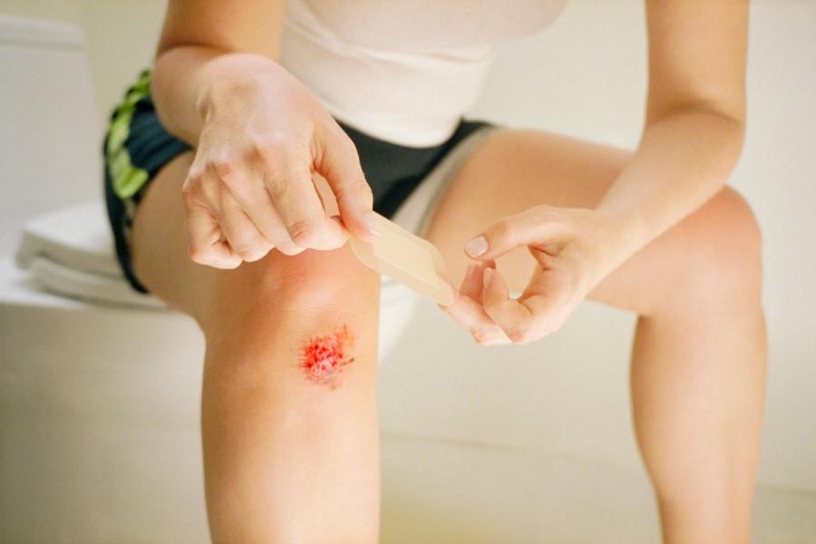 К чему приснилась рана на ноге: толкование видения по различным сонникам