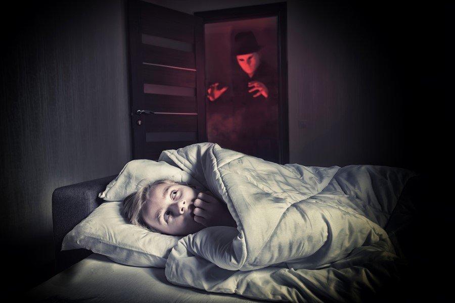 К чему снится, что тебя хотят убить: толкования сонников