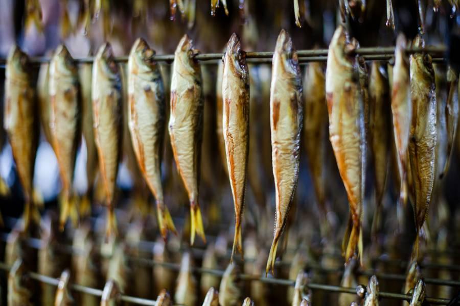 К чему снится копчёная рыба женщине?