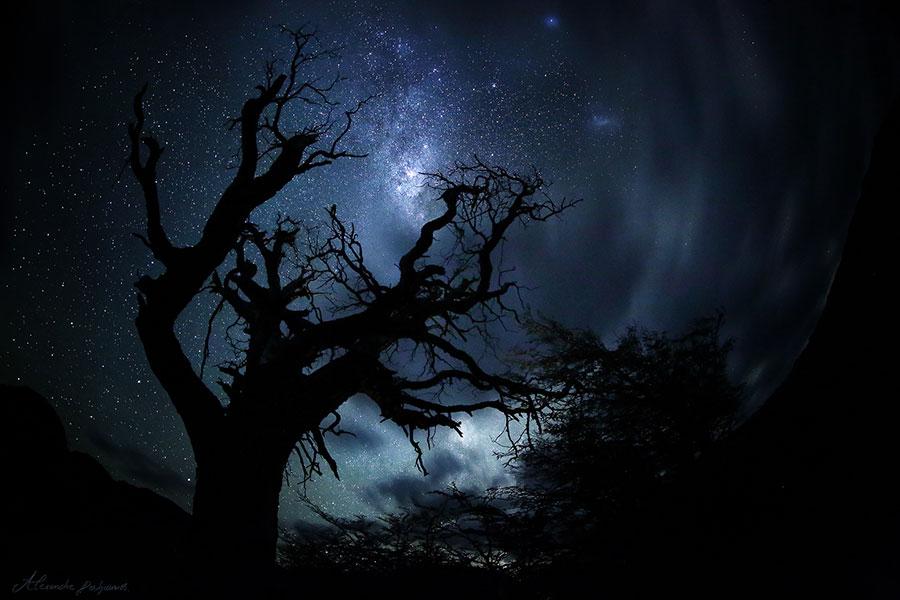 К чему снится темнота и глубокий мрак: толкование сна