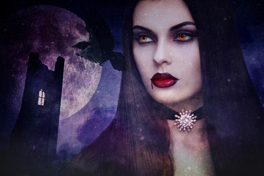 Как защититься от энергетического вампира с помощью молитв и оберегов?