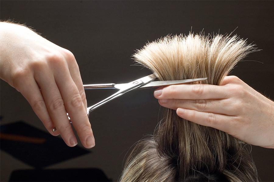 Лунный календарь стрижки волос (оракул) — благоприятное время для похода к парикмахеру
