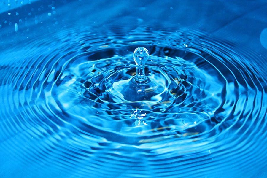 Как объясняет сонник ночные грезы, в которых приснилась вода?