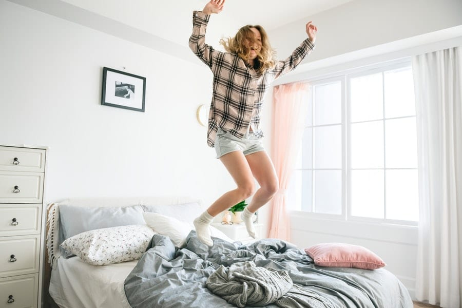 О чем предупреждает сонник, если человеку пришлось прыгать во сне?