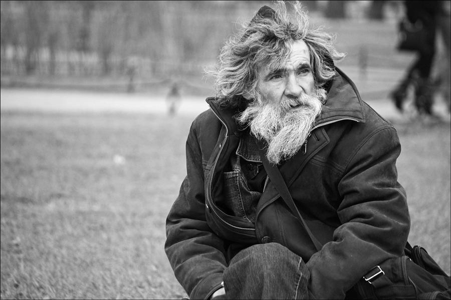 Приснились люди без определенного места жительства: что значит подобный сон
