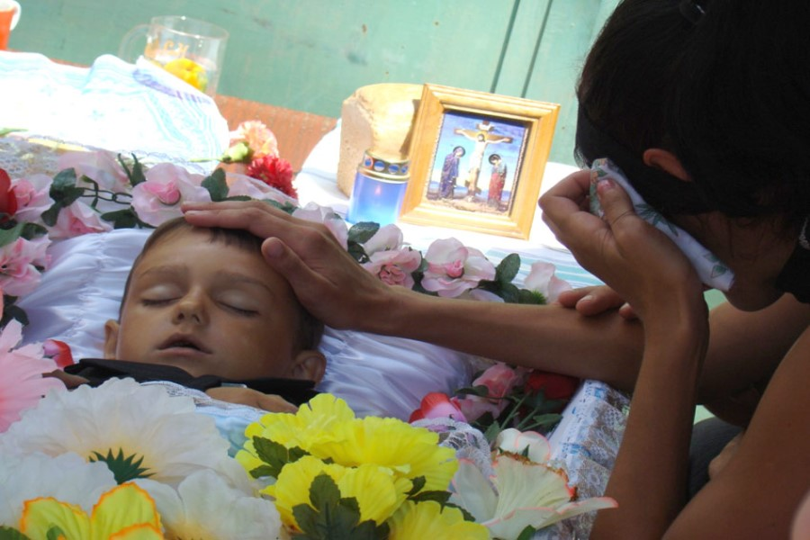 К чему снится мёртвый ребёнок: толкование сонников?