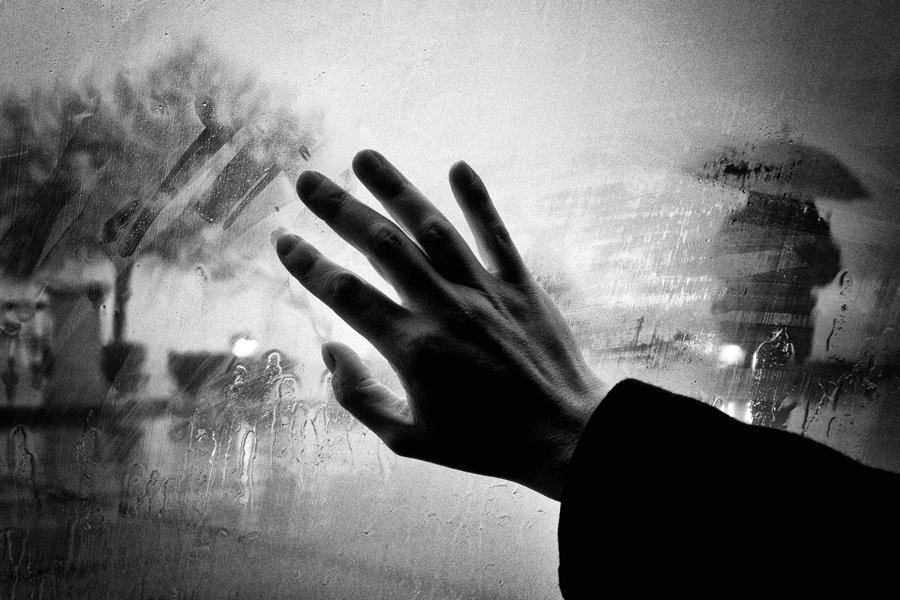Снится покойный друг: что это значит для живого?