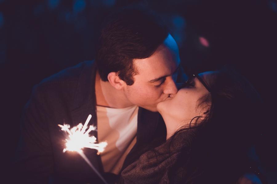 Что означает целоваться во сне с мужчиной в губы?
