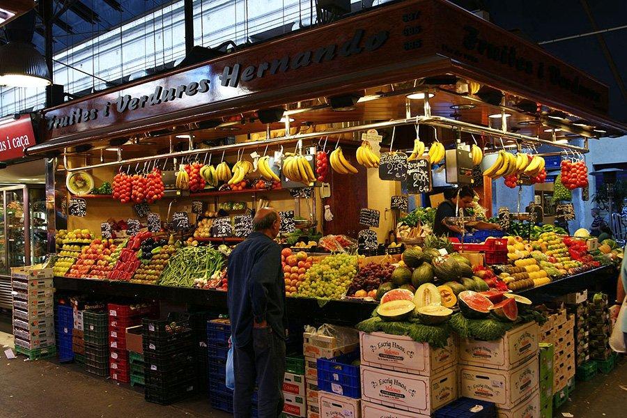 Видеть во сне рынок (вещевой, продуктовый) — толкование по сонникам
