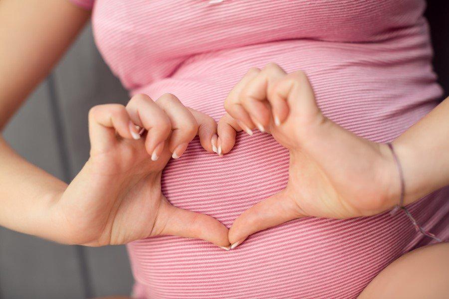 Заговоры на беременность: правила проведения обряда и его последствия