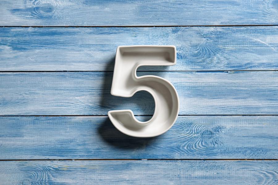Значение цифры 5 в нумерологии и жизни человека